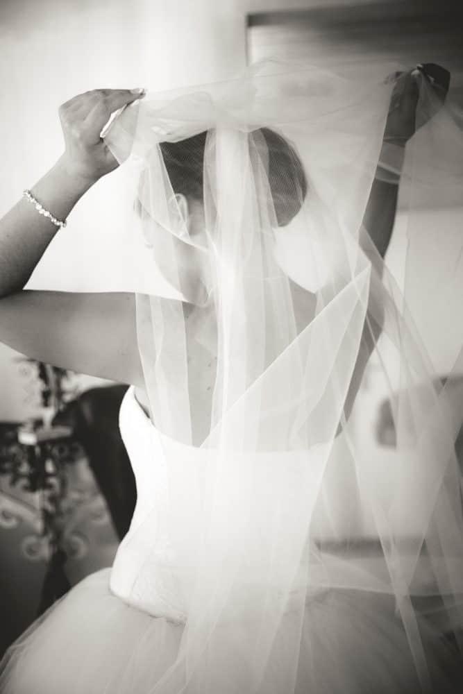 CroArts Hochzeitsreportage in Düsseldorf: Vorbereitung der Braut